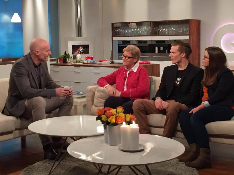 YS-leder Jorunn Berland, Ida Langedalen Kristiansen og Andreas Hanssveen er gjester hos TV2s God Morgen Norge.