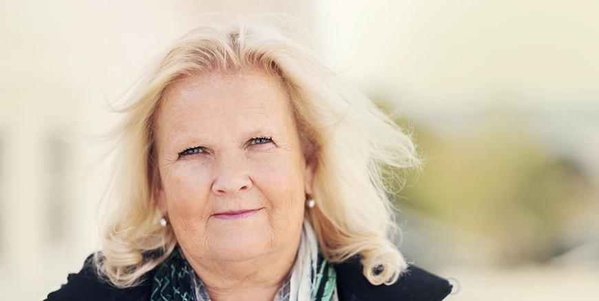 Portrett av leder for YS Kommune, Lizzie Ruud Thorkildsen.
